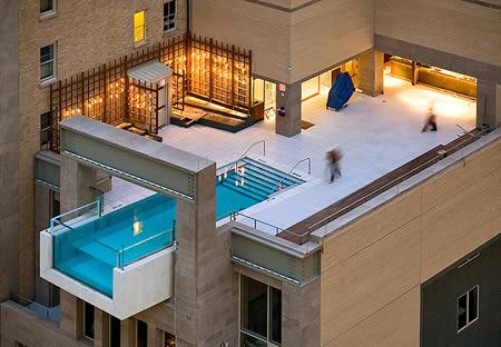 hanging-pool