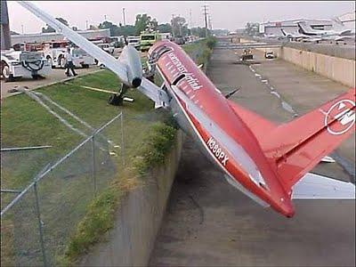 oops-vliegtuig-parkeren