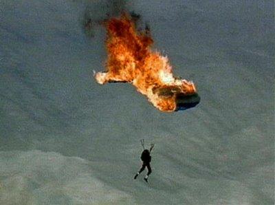 oops--brandende-parachute